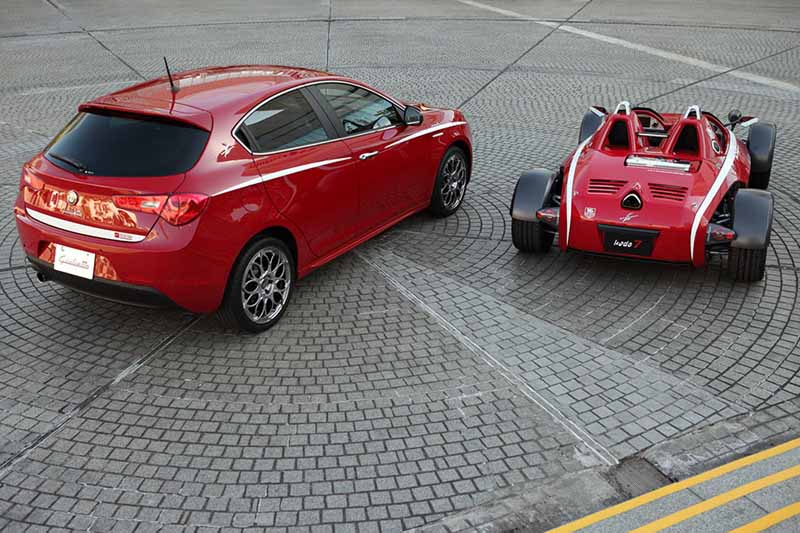 alfa-romeo-appeared-special-specification-car-of-two-to-giulietta-sprint20150426-11-min
