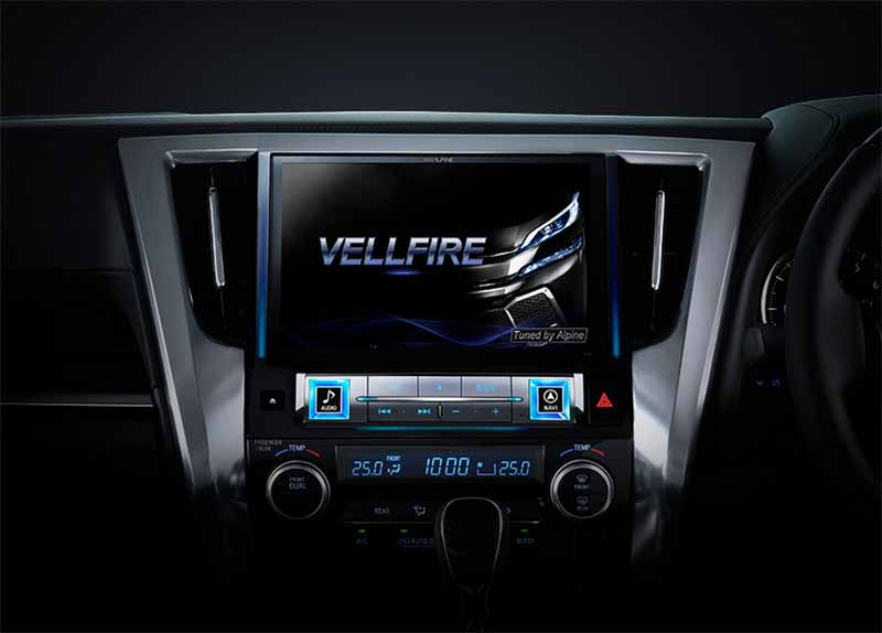 alpine-10-inch-car-navigation-system-of-the-big-x-premium-announcement20150429-4-min