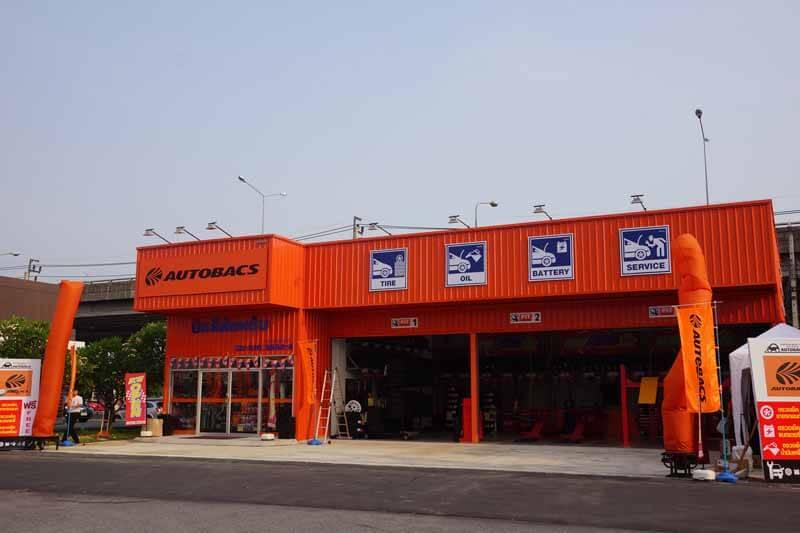 autobacs-thailand-deploy-six-stores-eyes20150409-1