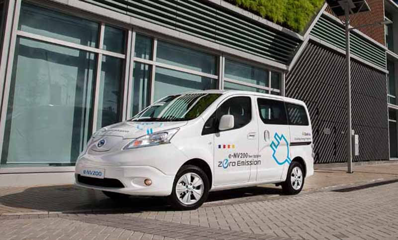 charm-of-life-care-vehicle-nissan-with-a-barrier-free20150408-11