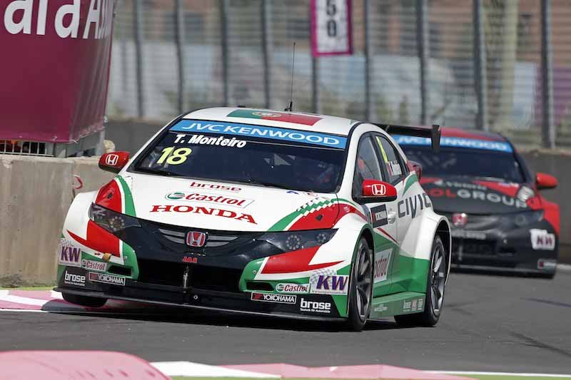 citroen-and-monopolize-the-podium-in-the-wtcc-second-leg-morocco20150420-7-min