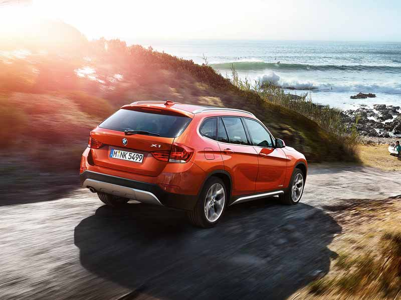 equipped-with-bmw-x1-navigation-and-parking-support20150421-9-min