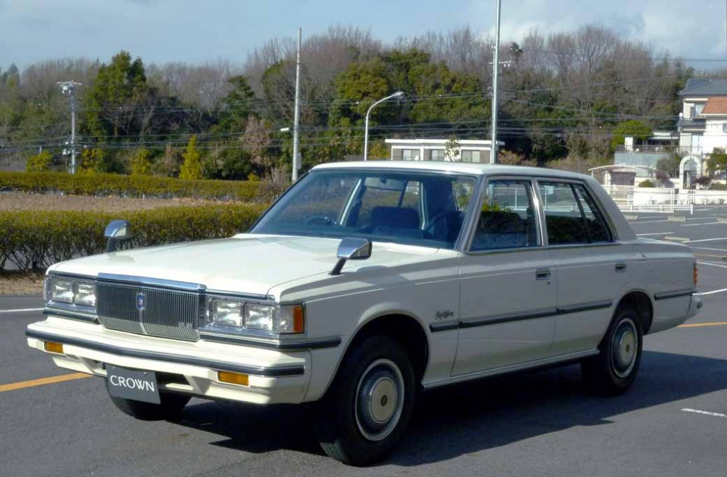 from-crown-60th-anniversary-exhibition-april-25-toyota-museum20150403-06
