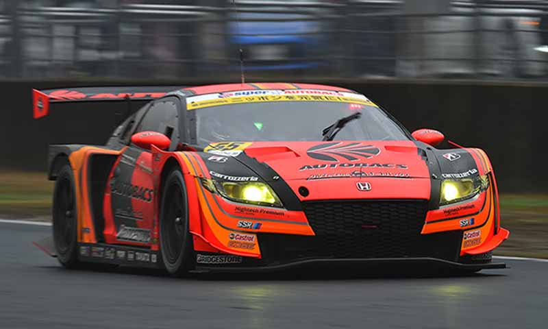 gt300-prius-apr-gt-is-overwhelming-victory-a-rival20150405-3