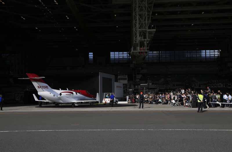 honda-jet-Japan-premiere20150424-13-min