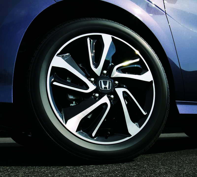 honda-the-new-step-wagon-step-wagon-spada-launched20150423-13-min