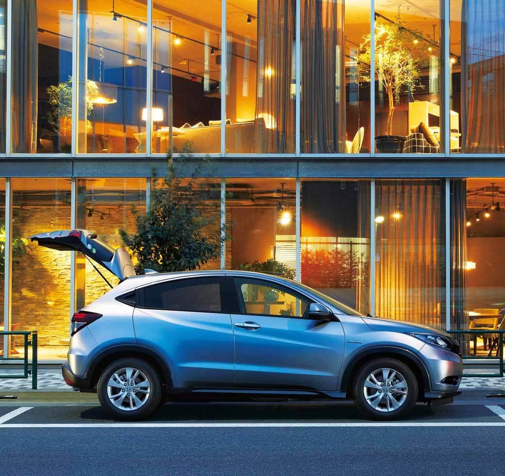 ホンダ、「NSX」改良モデルをWebで先行公開   MOTOR CARS
