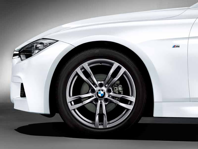 limited-car-in-bmw-m-3series-m-sport-style-edge-appearance20150423-10-min