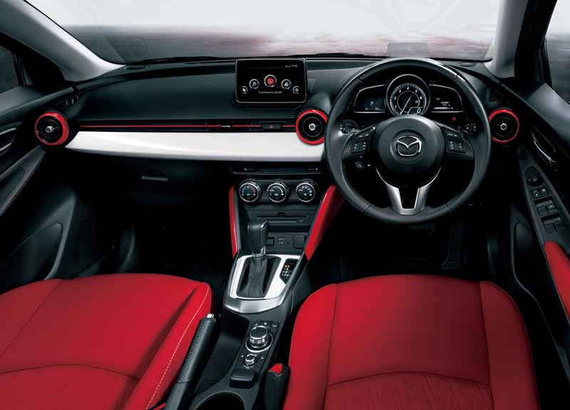 mazda-demio-mid-century-and-urban-stylish-mode-released20150423-2-min