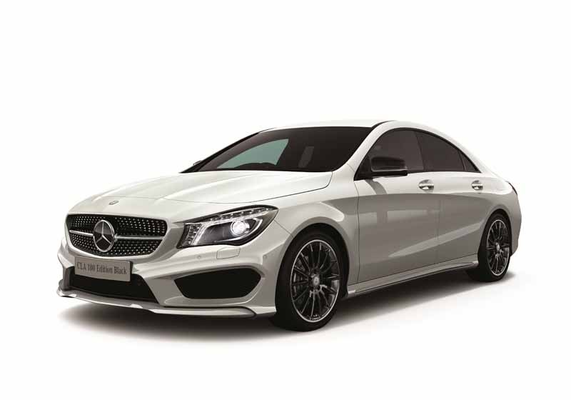 mercedes-benz-announces-cla-180-edition-black20150414-1-min