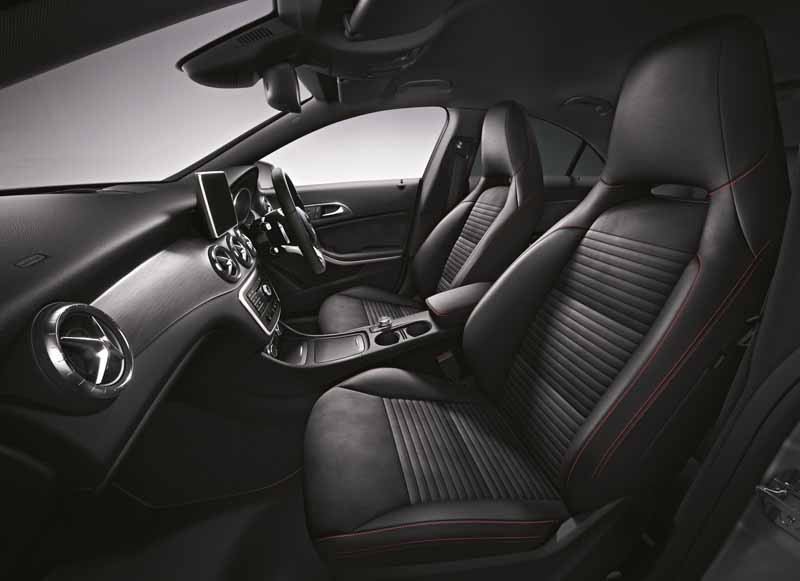 mercedes-benz-announces-cla-180-edition-black20150414-2-min