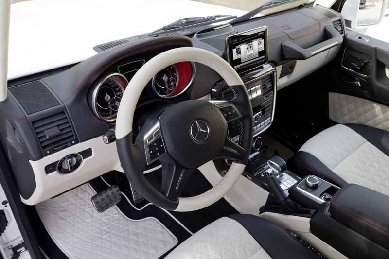 mercedes-benz-experience-in-grand-front-osaka20150428-3-min