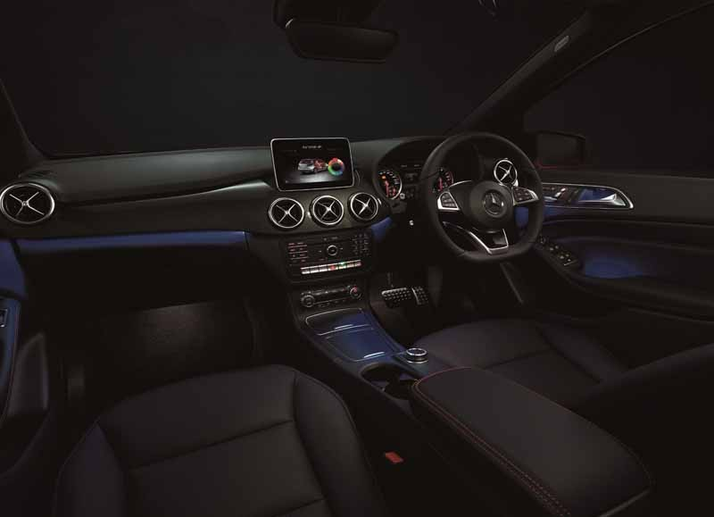 mercedes-benz-experience-in-grand-front-osaka20150428-6-min