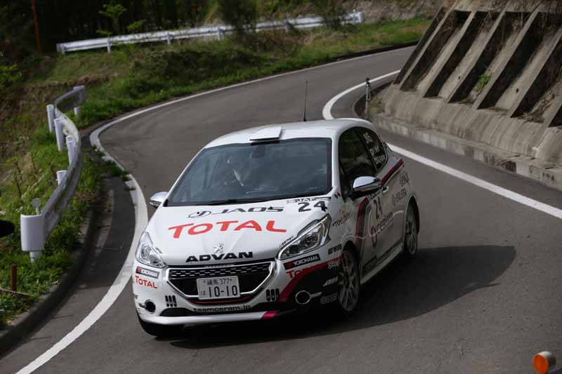 peugeot-208-gti-the-all-japan-rally-championship-class-fourth-in-debut20150413-3
