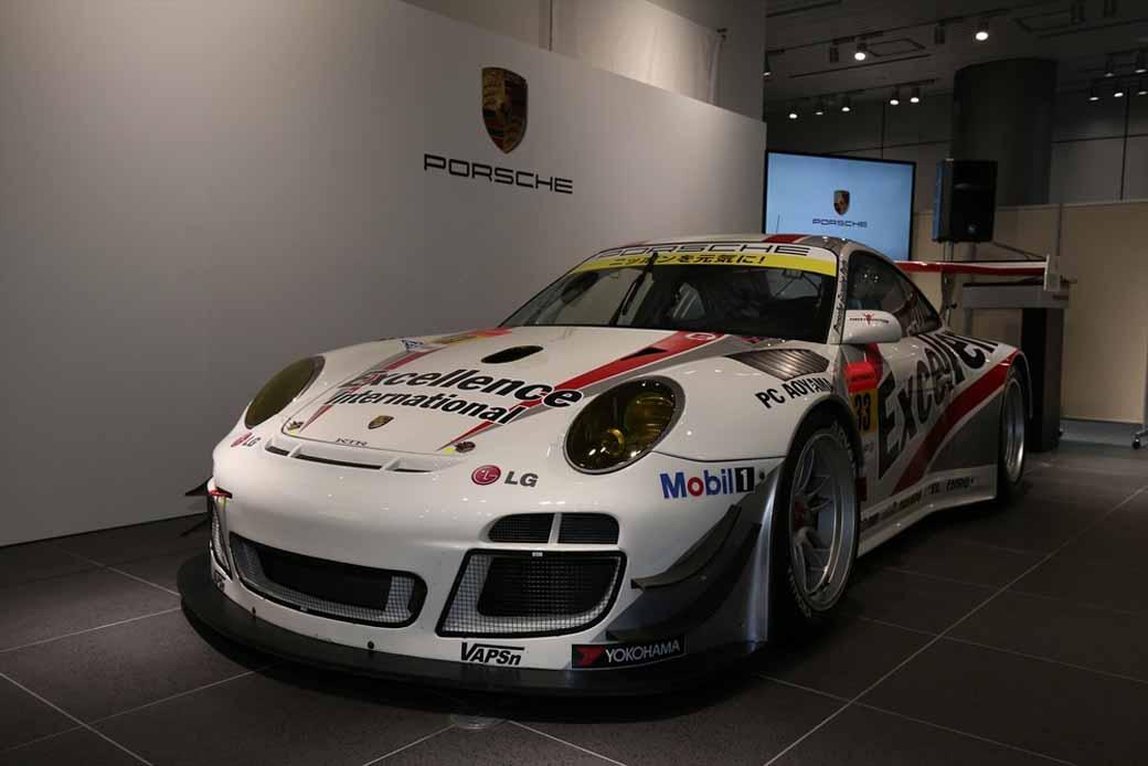 porsche-Japan-Super-gt-race20150321-3
