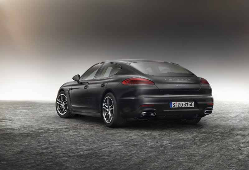 porsche-panamera-edition-4-edition-of-book-orders-start20150415-10