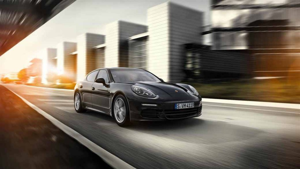 porsche-panamera-edition-4-edition-of-book-orders-start20150415-3