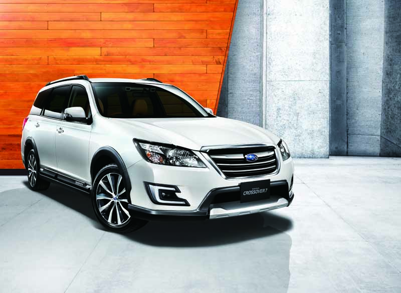 subaru-introduces-new-crossover7-20150416-3-min