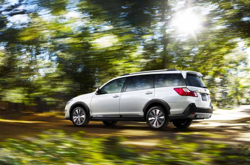 subaru-introduces-new-crossover7-20150416-7-min
