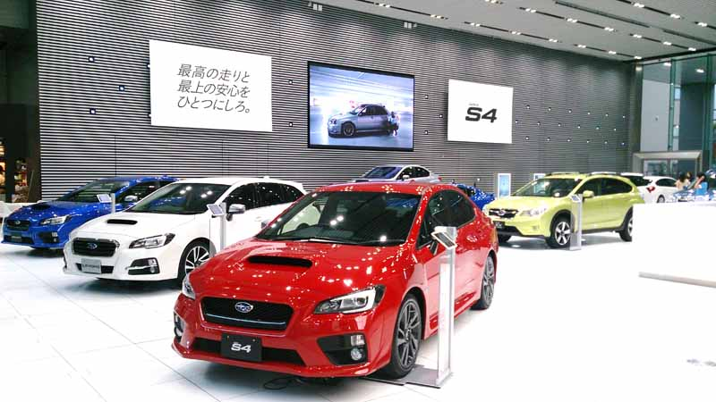 subaru-nurburgring-24-hour-race-public-viewing-held20150428-4-min