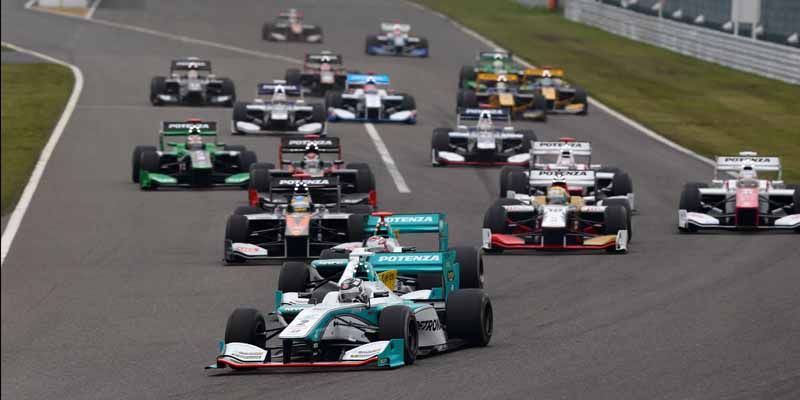 super-formula-first-leg-opening-i-decorate-the-toyota-engine1-2-finish20150421-13-min