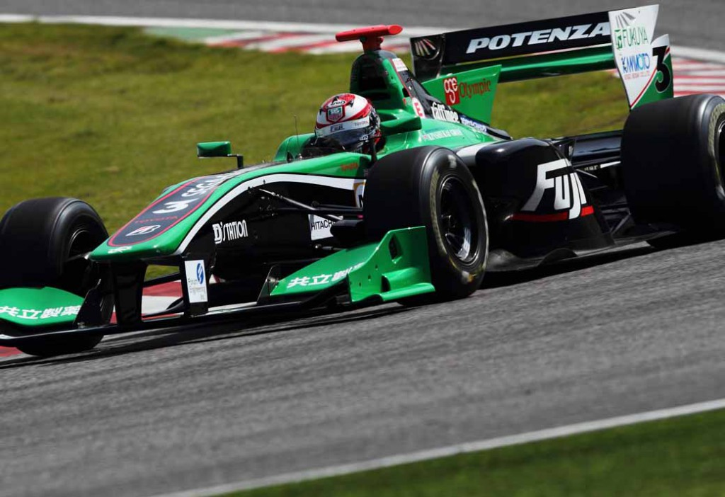super-formula-first-leg-opening-i-decorate-the-toyota-engine1-2-finish20150421-4-min