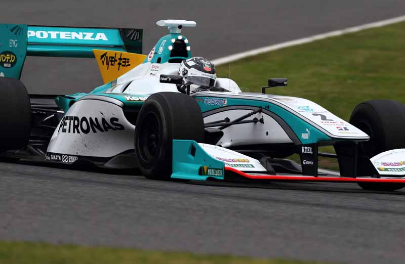 super-formula-first-leg-opening-i-decorate-the-toyota-engine1-2-finish20150421-5-min