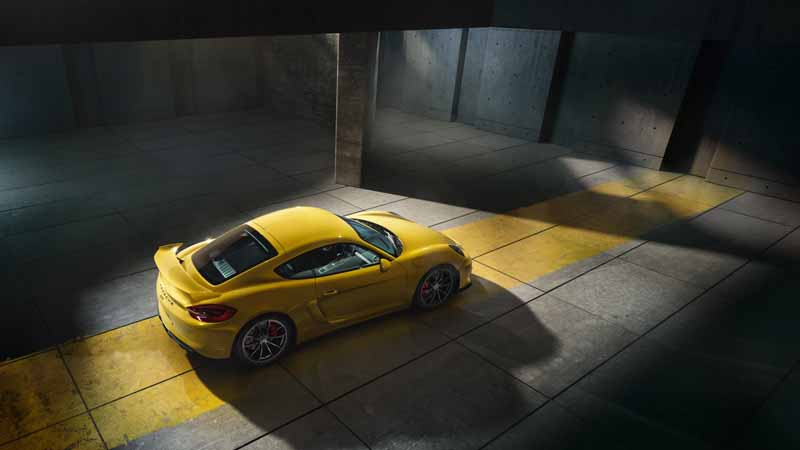 the-first-quarter-of-the-sales-of-porsche-sales-higher-than-the-last-year-operating-profit20150430-1-min