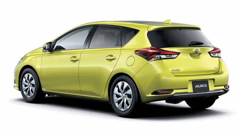 the-minor-change-toyota-the-auris20150406-4