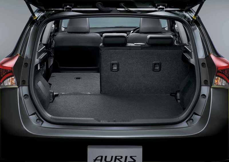 the-minor-change-toyota-the-auris20150406-6