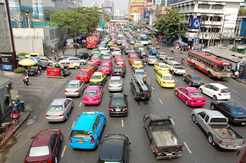 toyota-for-the-future-of-mobility-society-pilot-program-in-thailand20150422-2-min
