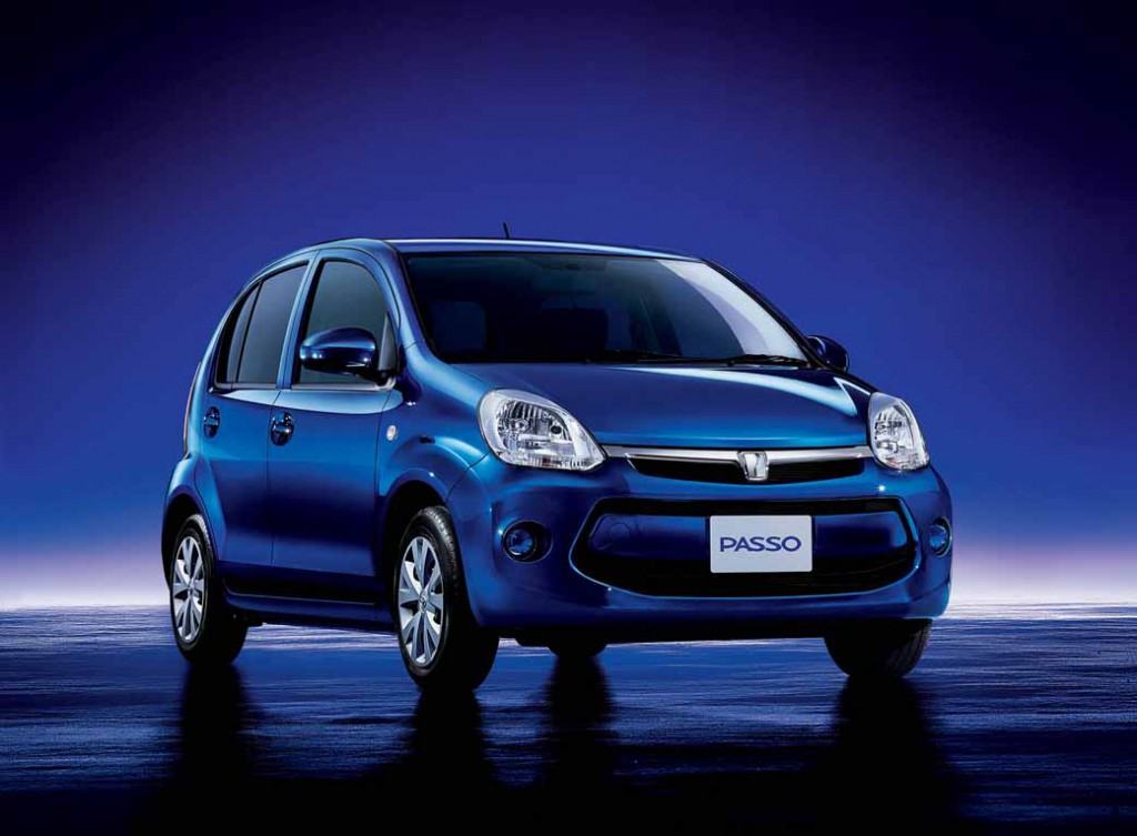 toyota-launched-the-special-edition-models-of-Passo20150331-2