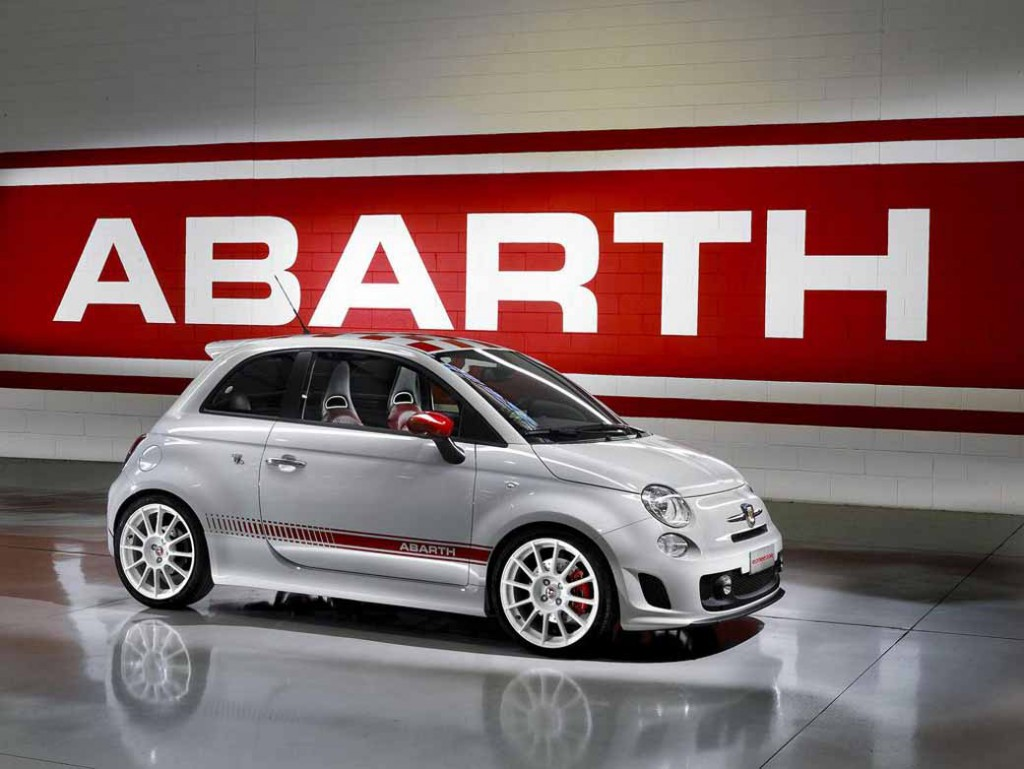 abarth-hiroshima-held-a-three-day-grand-opening-fair-of-may-9-to-1120150502-2-min