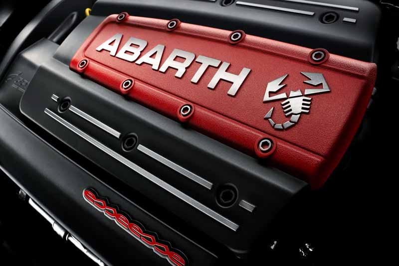 abarth-hiroshima-held-a-three-day-grand-opening-fair-of-may-9-to-1120150502-3-min