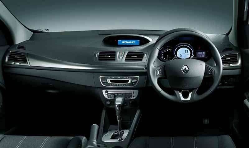 add-renault-japon-the-megane-hatchback-zen20150526-2-min