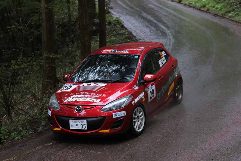 all-japan-rally-jn6-subaru-podium-monopoly-jn5-peugeot-208-first-victory20150511-10-min
