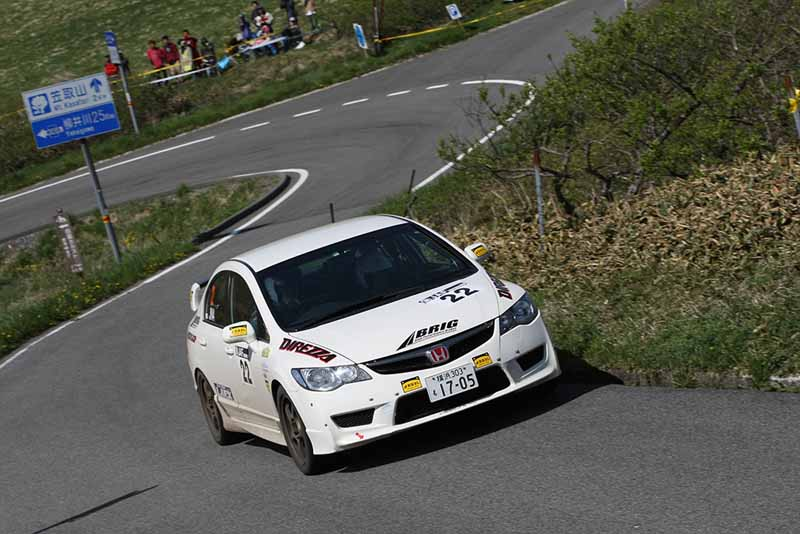 all-japan-rally-jn6-subaru-podium-monopoly-jn5-peugeot-208-first-victory20150511-11-min