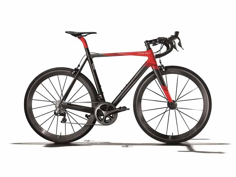 audi-japan-premiere-ultra-light-audi-sport-racing-bike20150517-1-min