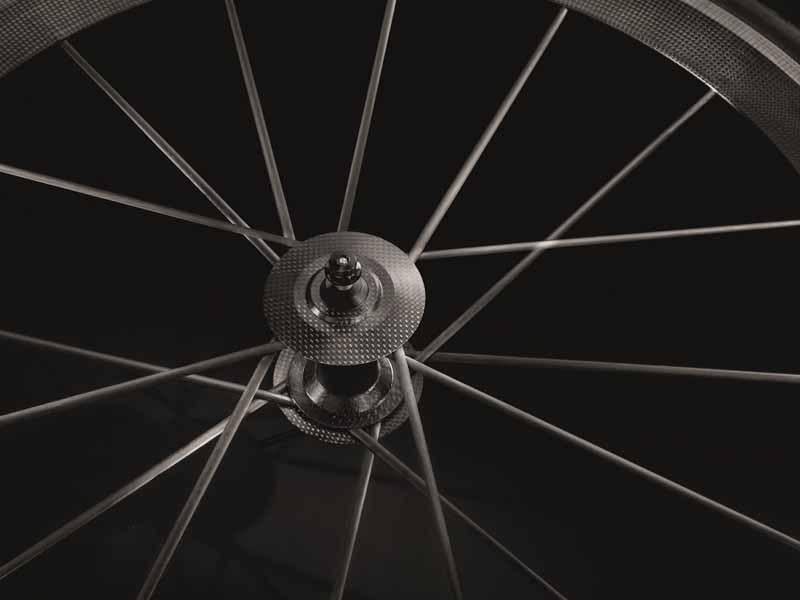 audi-japan-premiere-ultra-light-audi-sport-racing-bike20150517-6-min