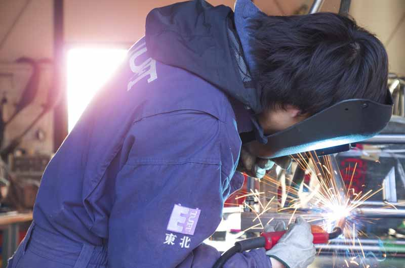 autobacs-and-support-the-student-formula-sae-competition-of-japan-team20150515-8-min