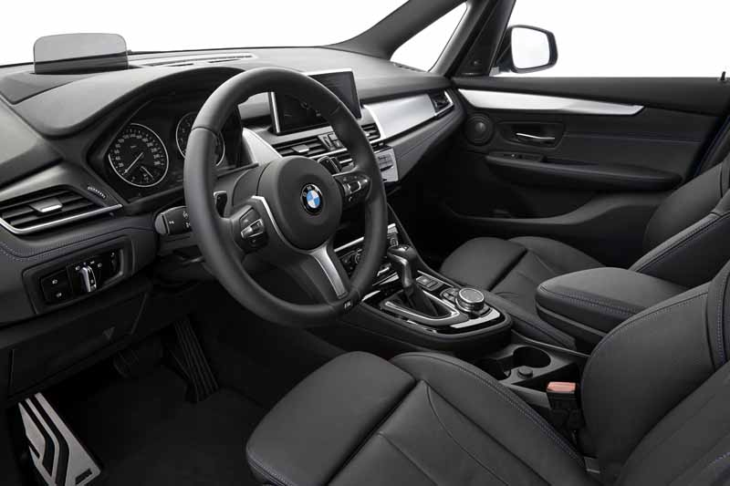 bmw-2-series-gran-tourer-birth-66-released20150526-8-min