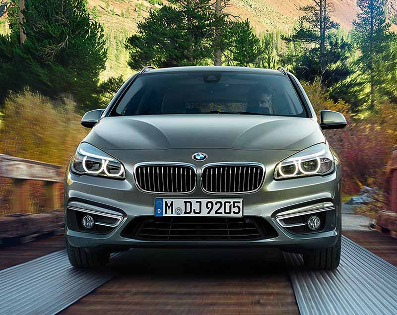 bmw-218d-active-tourer-introduction-of-clean-diesel-equipped20150520-4-min