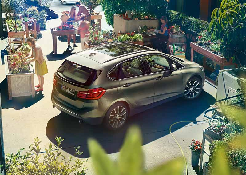 bmw-218d-active-tourer-introduction-of-clean-diesel-equipped20150520-5-min