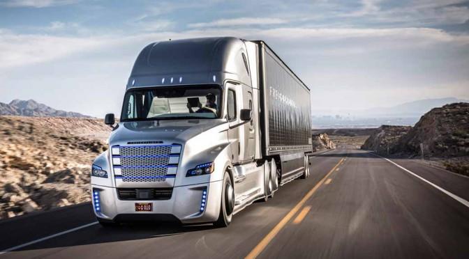ダイムラー、米公道における大型トラックの自動運転実験を開始
