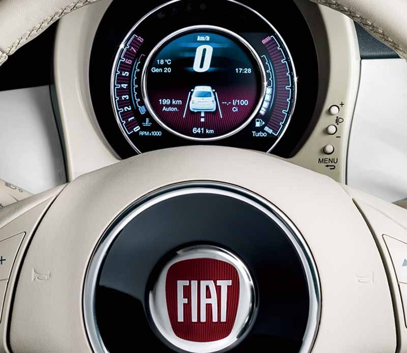 fiat-and-released-500-perla-of-soft-leather-interior-in-white-body20150501-1-min