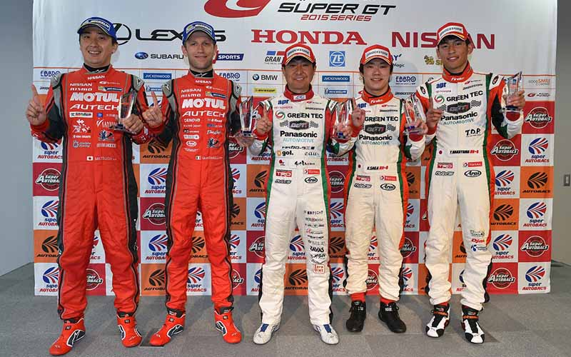 fuji-gt500-qualifying-pp-take-on-motul-autech-gt-r-threat-of-record-time20150503-1-min