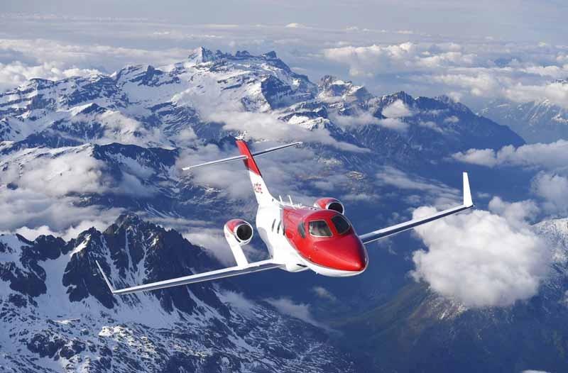 honda-jet-actual-published-in-business-aviation-show-ebace2015-4-min