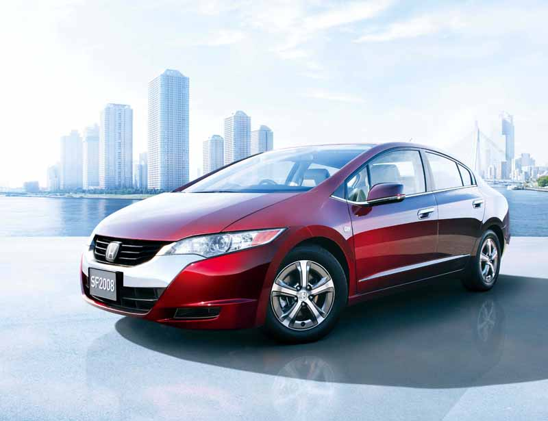 honda-society-of-automotive-engineers-of-japan-prize-65th20150522-2-min