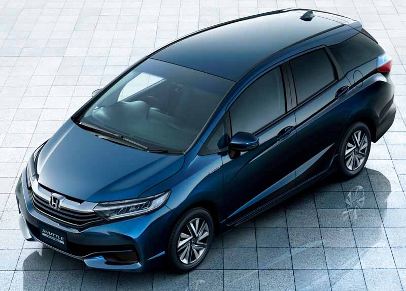 honda-start-new-compact-station-wagon-shuttle-sale20150515-2-min