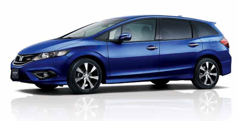 honda-the-1-5l-vtec-turbo-mounted-in-jade20150521-1-min
